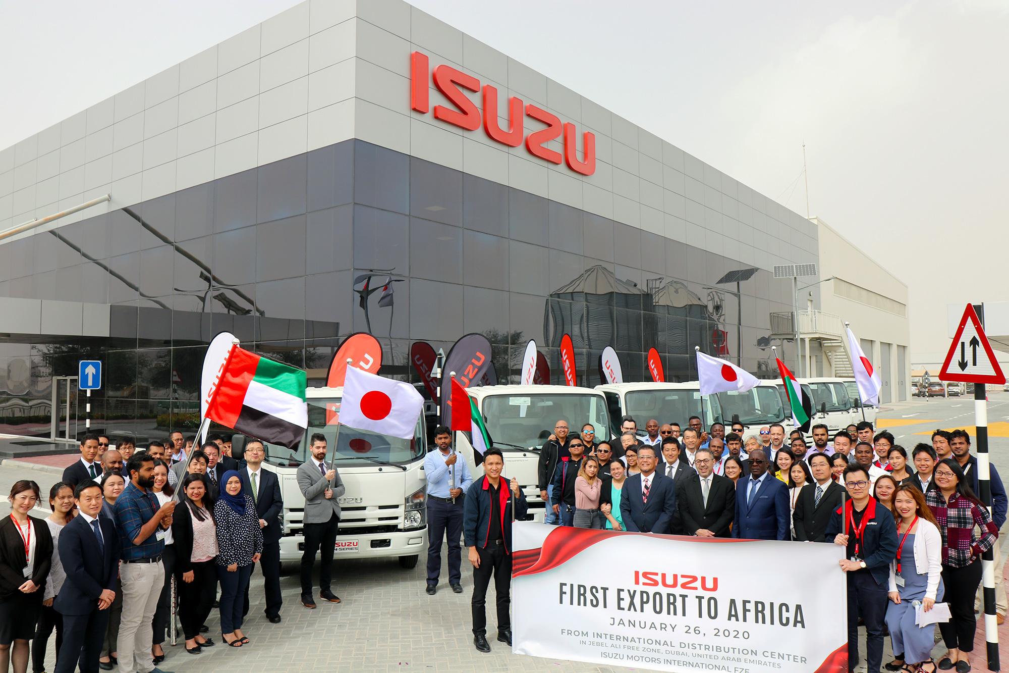 Isuzu First Export to Africa Group Photo